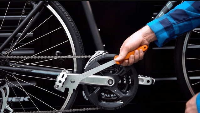 how to replace bike pedals-min